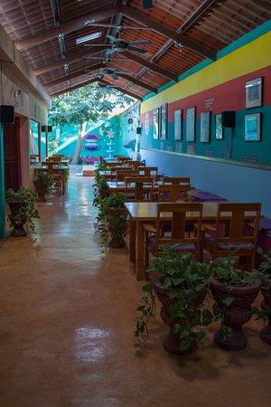 Rumi Garden: Interior