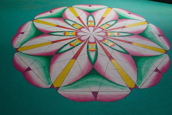 Rumi Garden: Logo