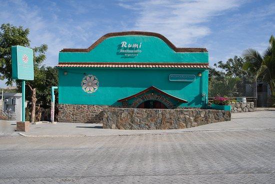 Rumi Garden: Main Street