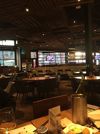 California Pizza Kitchen Las Vegas 3786 Las Vegas Blvd S Restaurant Reviews Phone Number