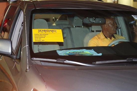 Boca Chica, Repubblica Dominicana: vehículo que me atendió del servicio de taxi sichala