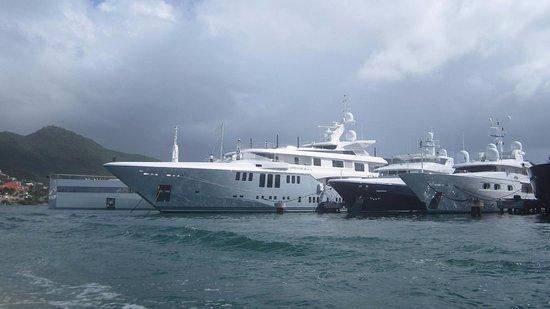 Simpson Bay, St Marteen/St. Martin: Yacht of tycoon