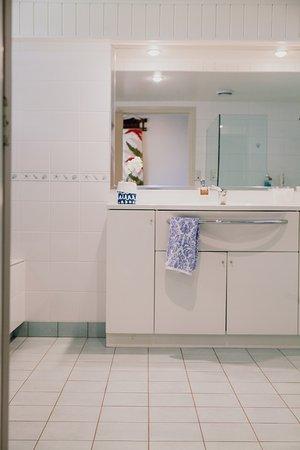Waihi Beach, Nuova Zelanda: Guest Bathroom