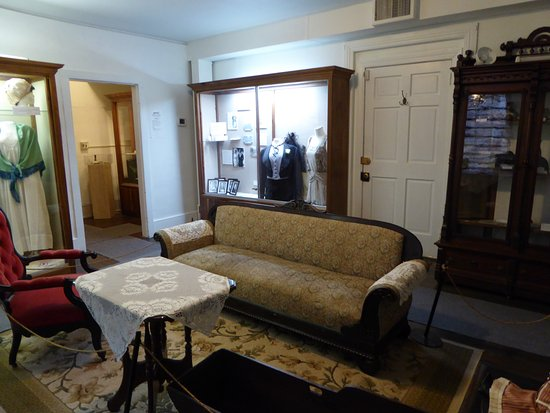 sitting room picture of the fauquier history museum at the old rh tripadvisor com