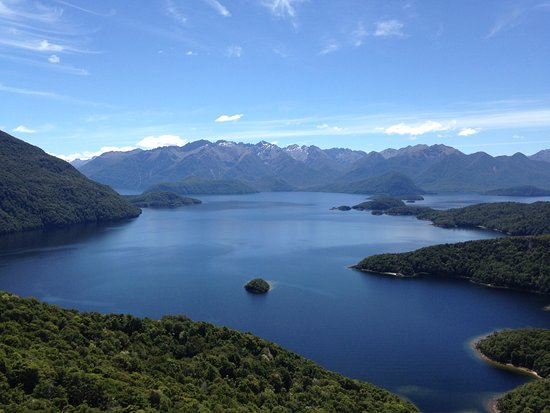 Manapouri, Neuseeland: View from monument rock