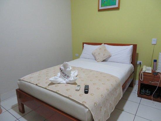 Huayruro Hostal Image