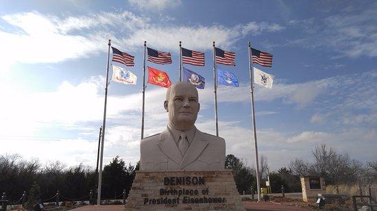 Eisenhower Veterans Monument: The monument