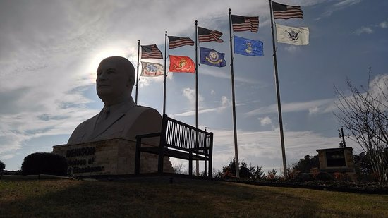 Denison, TX: the monument with each military branch