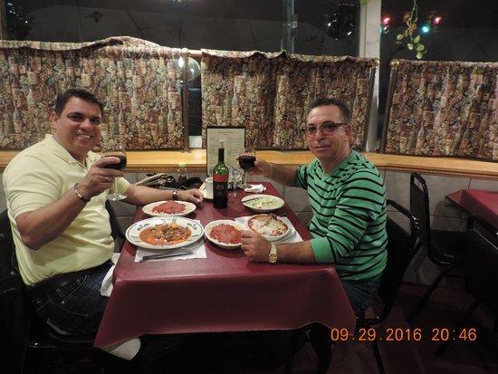 Tonawanda, NY: buena comida italiana. precio modico y acequible .muy sabrosa . recomendada
