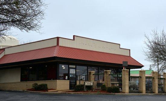 Salisbury, Carolina del Norte: Front Entrance