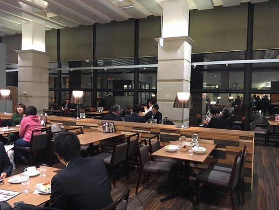 Toyonaka, Japão: 店内の様子