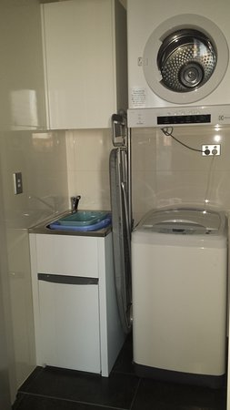 North Sydney, Australia: Nice compact laundry facilities
