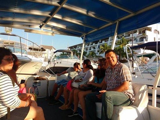 Villa Varadero Hotel & Suites: DE TOUR POR LOS CANALES PARA IR AL SANTUARIO DE IGUANAS
