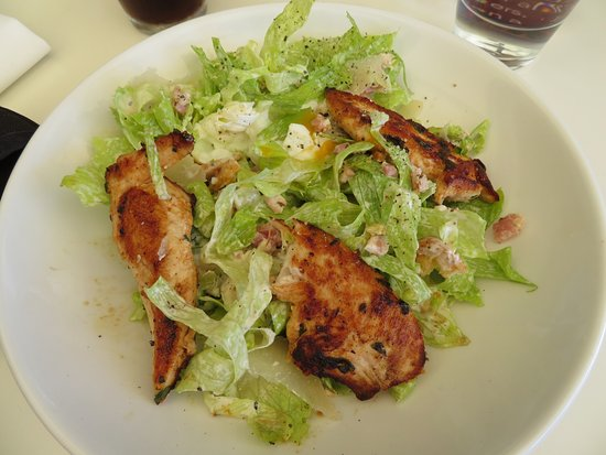 Williamstown, Australia: Chicken salad