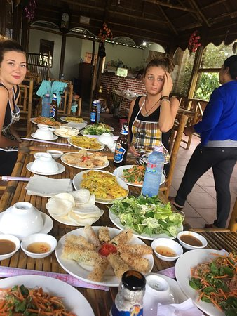Hoi An Eco Tour and Papa's Cooking Class