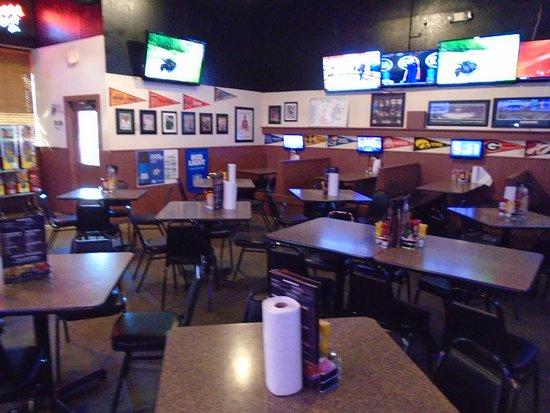 Keller, TX: No Frills Grill