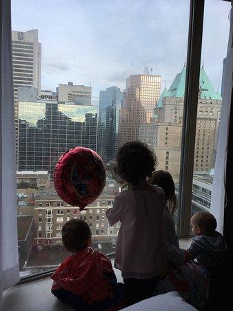 Sutton Place Hotel Vancouver: photo2.jpg