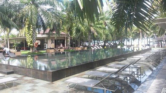 Segara Village Hotel: Zwembad Segara Village