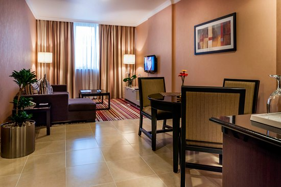 Executive Suites by Mourouj Gloria: Executive Suite