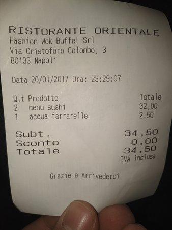 Fashion Wok: Discreto sushi ad un prezzo ragionevole. Formula all u can eat.