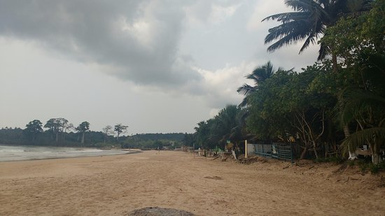 Looking west at Busua beach in January