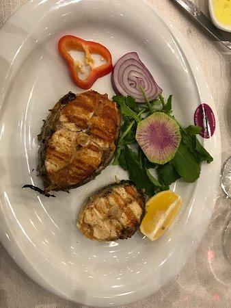 Mudanya, Τουρκία: Local agradable, muy agradable y pescado recien llegado de la barca. Salmonetes riquisimos y tod