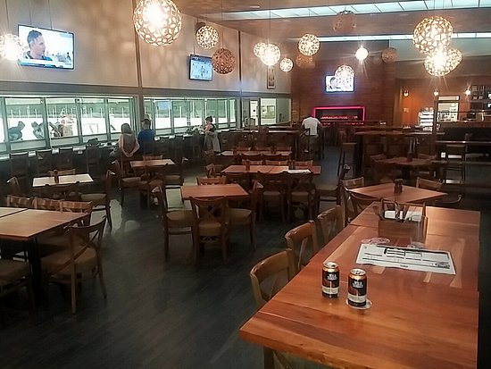 Cabin 401 Bar Amp Grill Bibra Lake Restaurant Reviews