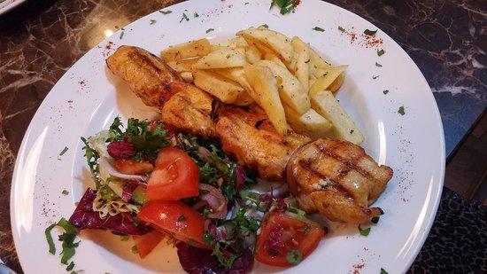 Chippenham, UK: Chicken souvlaki