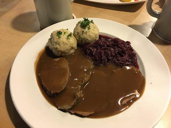 Restaurant Alt-Ringlein: Sauerbraten