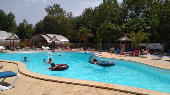 Piscine camping picture of camping paris roussillon for Camping argeles sur mer avec piscine