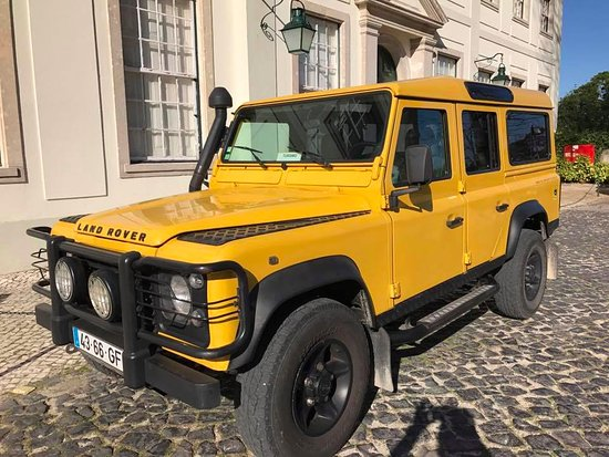The Yellow land rover - Picture of Yellow Cab TT Tours, Lisbon ...