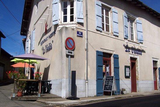 Rochechouart, France : vue exterieur