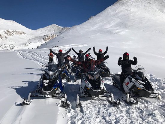 Copper Mountain, CO: Group photo at the peak
