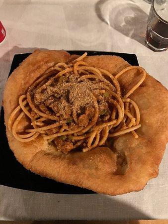 Mascalucia, อิตาลี: Miseria & Nobilta