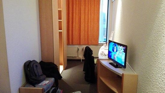 Chambre 2 photo de hotel ibis liege centre opera li ge for Prix chambre hotel ibis