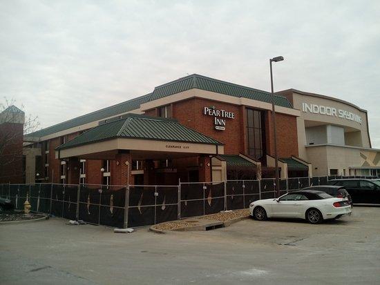 photo0.jpg - Picture of Drury Inn & Suites Kansas City ...