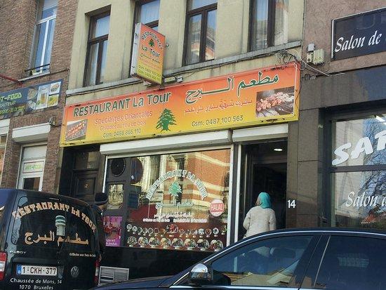 Anderlecht, Belgia: Von außen