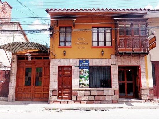 # Pachamama Hostel: Fachada actual del Hostal!!