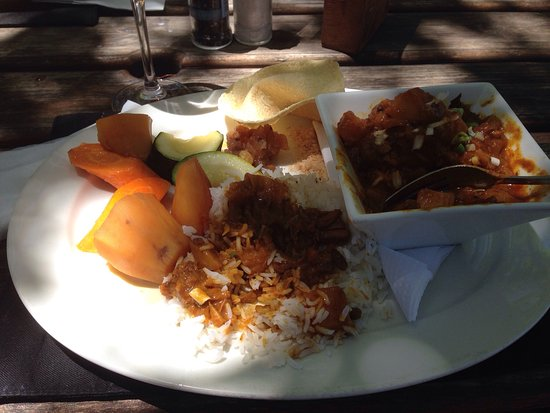 Great Brak River, South Africa: Curry lamb followed by Eton mess