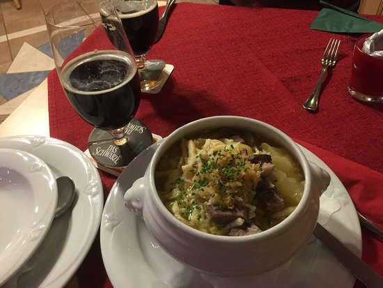 Wildbader Hof: Good hearty local stew