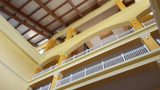 St. Kitts Marriott Resort & The Royal Beach Casino: Attrium