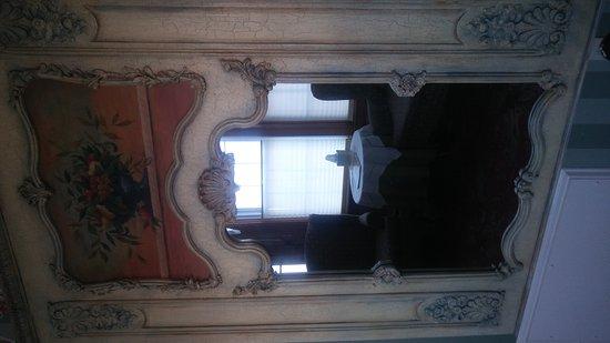 Blue Dory Inn