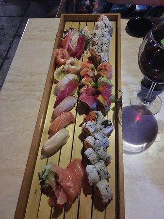 Sushi Bar Japanese Restaurant : photo0.jpg