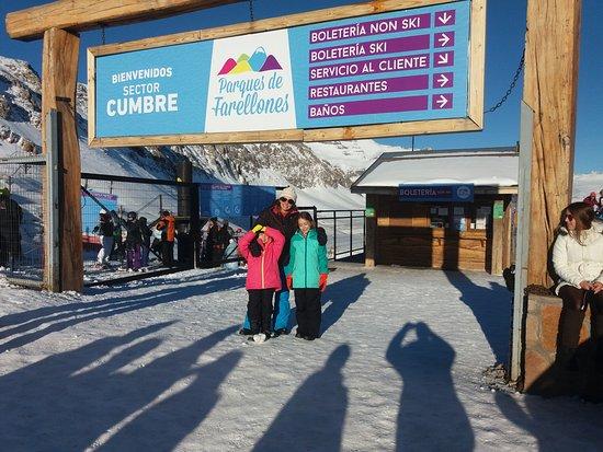 Farellones, Chile: Entrada do parque (setor Cumbre)