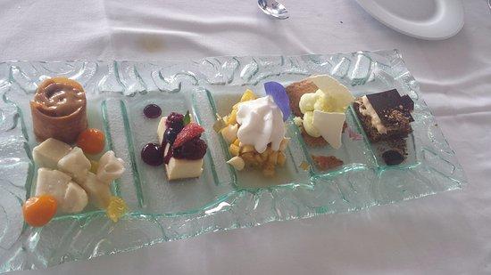 assortiment desserts gateau chocolat cr 232 me citron pi 241 a colada cheese cake et d 233 lice de manja