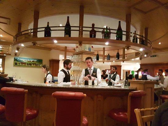 Les Diablerets, Switzerland: Barområdet