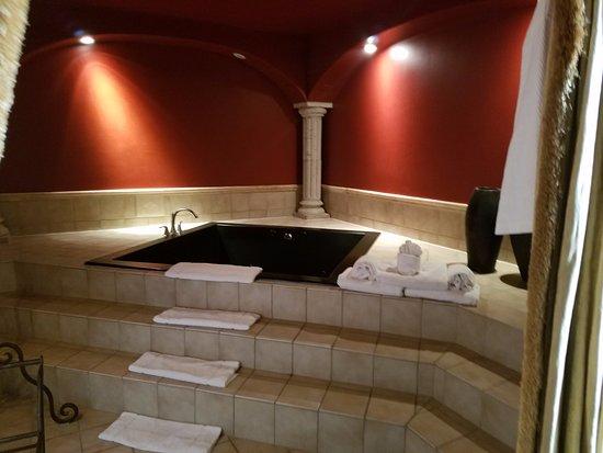 Hotel Encanto de Las Cruces: jacuzzi room