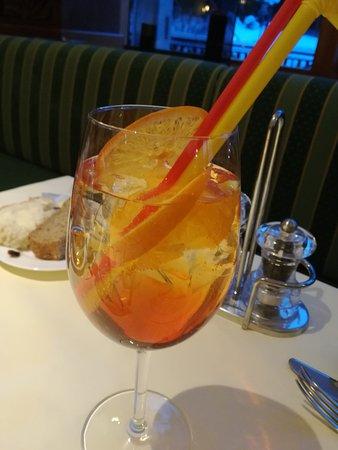 Azuga, Rumania: Aperol spritz. After ski. 👍
