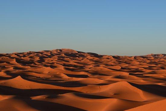 Auberge Chez Tihri 'Suerte Loca': Desierto del Sahara (Erg Chebbi) Haimas.