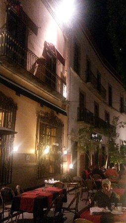 Posada Santa Fe: Front oh hotel, cafe